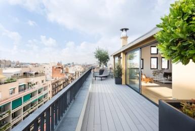 Atico recién reformado de 221 m2 con terraza en Eixample - 22