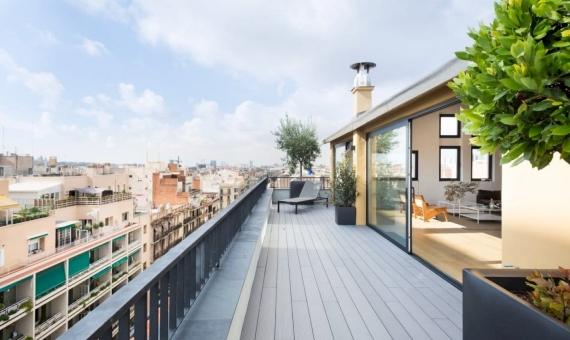 Atico recién reformado de 221 m2 con terraza en Eixample   22-1-570x340-jpg
