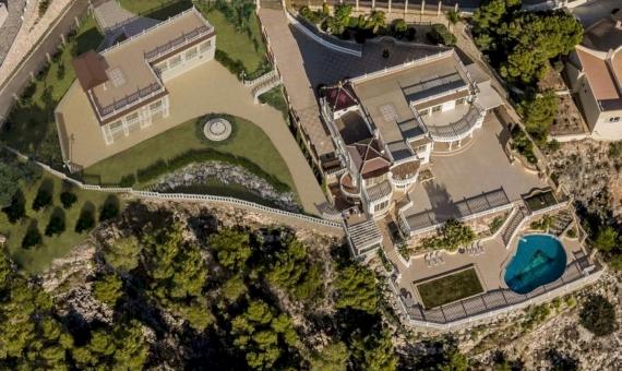 Complejo de dos villas en la parcela de 3803 m2 con vistas al mar en Altea | gg-fileminimizer-570x340-jpg