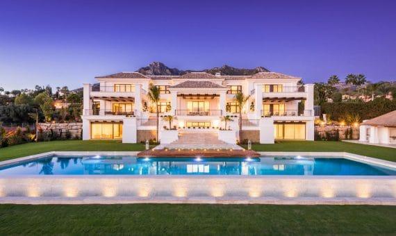 Villa en Marbella 1817 m2, jardin, piscina, aparcamento   | 263-00396p_12078-570x340-jpg