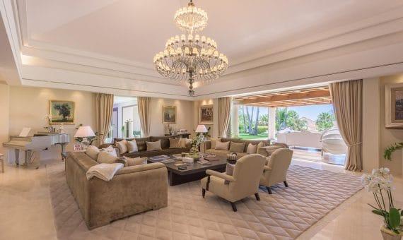 Villa en Marbella 2438 m2, jardin, piscina, aparcamento   | 263-00397p_8582-570x340-jpg