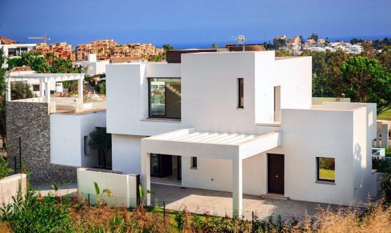 Villa en estilo contemporáneo con la parcela de 1.248 m2 en Marbella | 9081-570x340-jpg