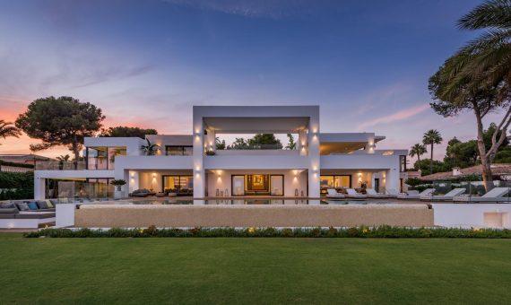 Villa en Marbella 2513 m2, jardin, piscina, aparcamento   | 79ebd084-ca8e-4c0d-8eb0-decf9a6c503c-570x340-jpg