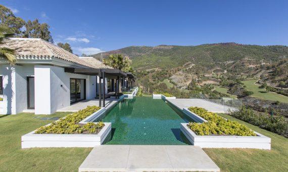 Villa en Marbella 1700 m2, jardin, piscina, aparcamento   | b5806cef-4d02-4a9e-a1f9-9a02264d6075-570x340-jpg